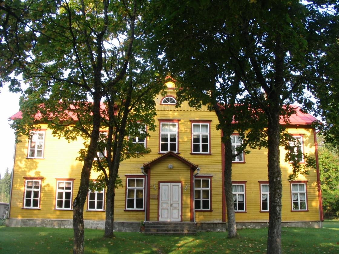 Taritu koolimaja