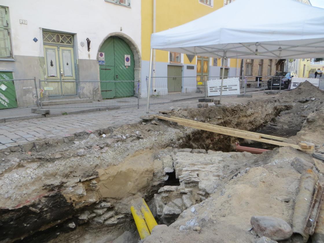 Väljakaevamised Vene tänaval