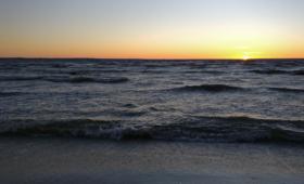 Meri on, meri jääb