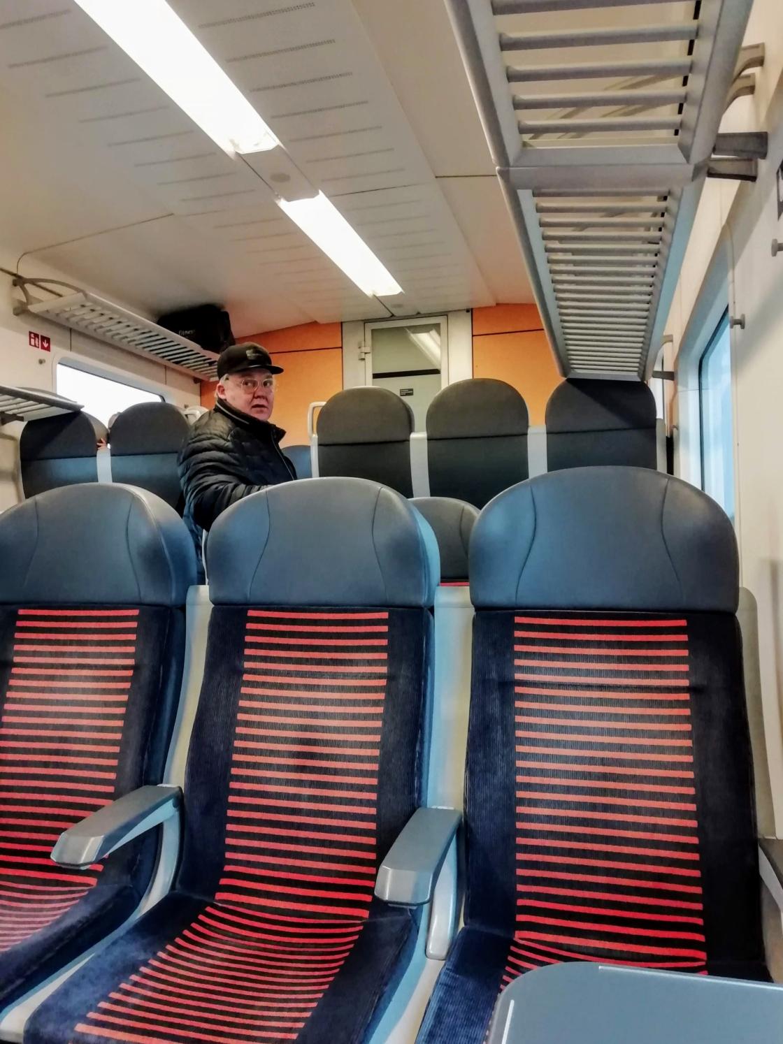 Töö kulgemine pooltühjades rongides
