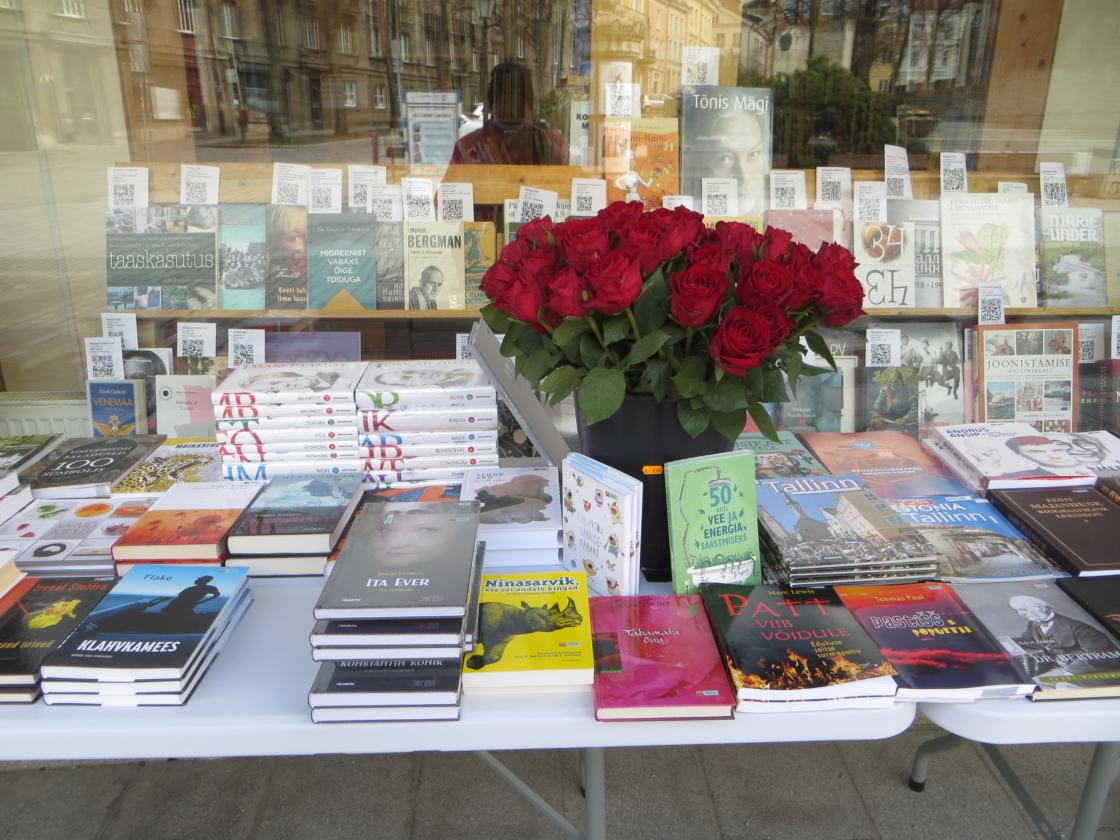 Raamatu ja roosi päev