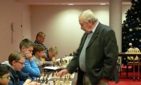 Simultaan suurmeister Juri Balašoviga