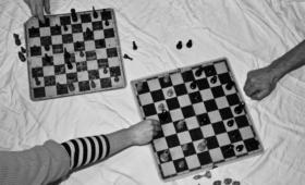 Mustvalge mäng