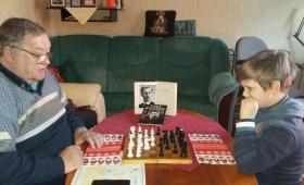 Kasper-Endre pühapäevane malepartii vanaisaga